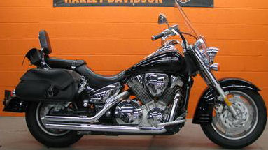 2009 Honda VTX 1300 T motorcycle with Black Paint Color