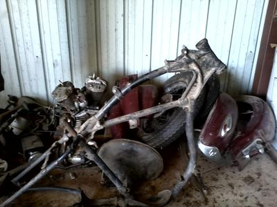 1938 Harley Davidson Solo 45 ci Basket Case Parts and Motorcycle Frame for sale by owner