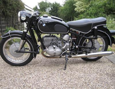 Vintage Classic 1962 BMW R69S motorcycle restoration by owner in OR Oregon