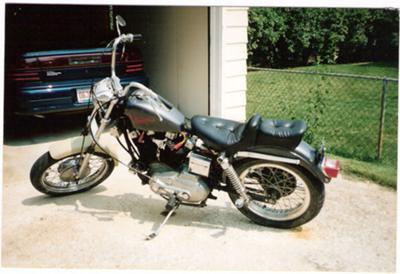 1000cc 1972 Harley Davidson Sportster