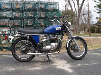 Cobalt Blue Metallic Flake Paint 1973 Triumph T140v Bonneville750 (this photo is for example only; please contact seller for pics of the actual vintage motorcycle for sale in this classified)