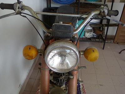1973 Yamaha L2 Motorcycle headlight and handlebars
