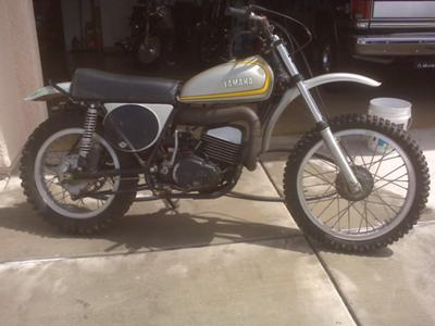 All Original 1973 Yamaha MX250 Dirt Bike (except for the handlebars) still have autolube and original tires!