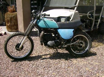 1976 Yamaha IT 400 motorcycle