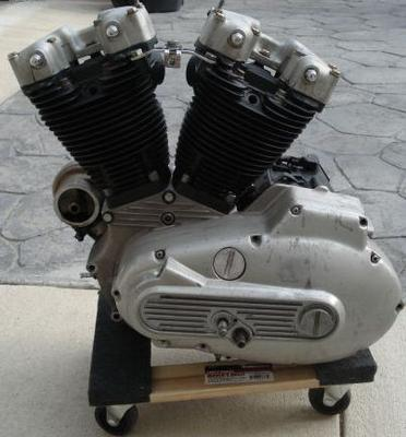 1985 Harley Ironhead Sportster Motor Engine w good looking jugs and heads