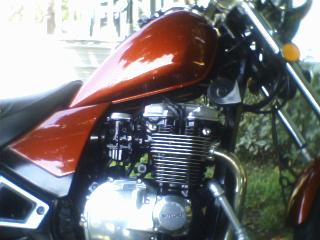 1985 Suzuki GS 550 Engine and Fuel Tank