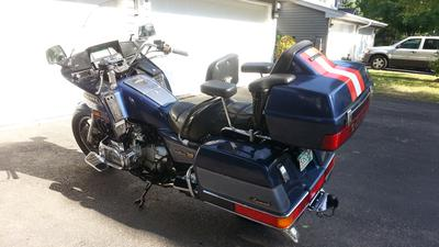 1986 Honda GL1200 Goldwing Aspencade for sale by owner in Minneapolis MN