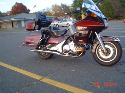 Burgundy Red Wine 1988 Suzuki Cavalcade LX