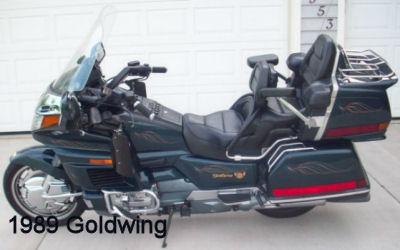 1989 Honda Goldwing w custom motorcycle paint job