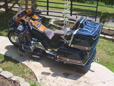 Royal Blue 1994 Honda Goldwing Interstate 1500 (NOT the one for sale in the ad)