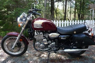 1995 Triumph Thunderbird 900 Speed Triple with rare Triumph red motorcycle paint