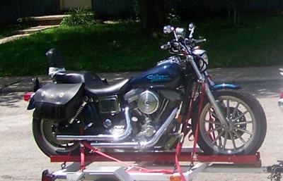 Blue 1998 Harley Davidson Dyna super glide 1340 V-twin