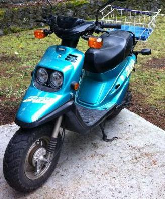 Blue 1998 Zuma Scooter