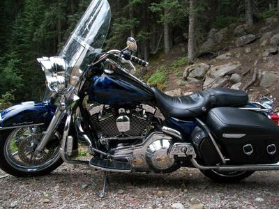 1999 HARLEY DAVIDSON ROAD KING (this photo is for example only; please contact seller for pics of the actual motorcycle  for sale in this classified)