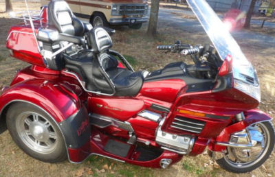 1999 Honda Goldwing GL1500 trike motorcycle conversion