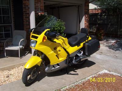 Bright Yellow 1999 Kawasaki Concours VZ1000