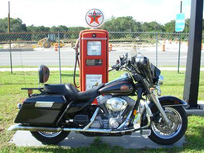 2000 Harley Davidson Electra Glide Standard FLHT with Black Paint Color Option