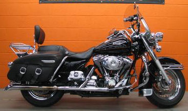 2000 Harley Davidson FLHRCI Road King Classic w Black  paint color and pinstripes