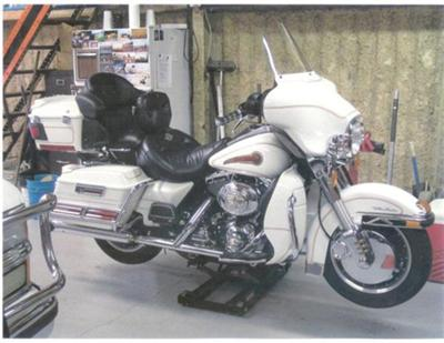 Pearl White 2000 Harley Davidson Ultra classic Shriner Edition for Sale
