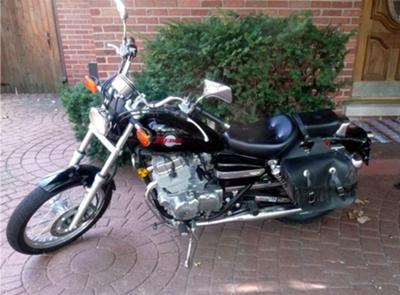 BLACK 2000 HONDA REBEL (this photo is for example only; please contact seller for pics of the actual motorcycle for sale in this classified)