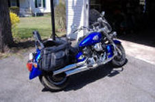 royal blue yamaha v star 1100
