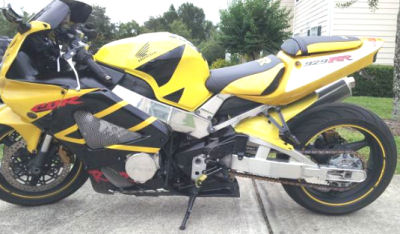Yellow and black 2001 CBR 929RR