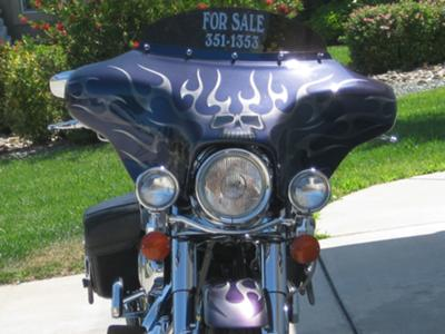 2002 Custom Harley Davidson Road King Purple and Blue Paint Flames Graphics