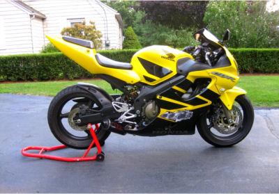 Bright Yellow and Black 2002 Honda CBR F4I