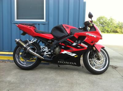 2002 Honda CBR600F4i (not the one in the ad)
