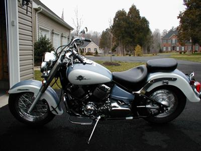 TWO TONE BLUE AND WHITE 2002 YAMAHA VSTAR 650 CLASSIC (this photo is for example only; please contact seller for pics of the actual motorcycle for sale in this classified)