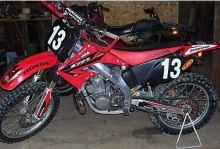 red 2003 honda cr250r cr 250r