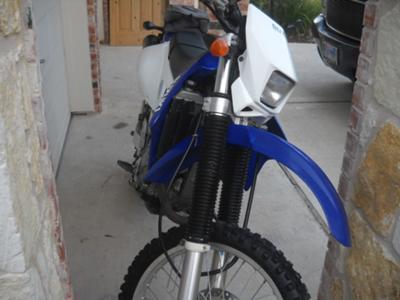 street legal,  tough  2003 Suzuki DRZ 400s dirt bike