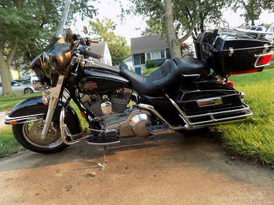 2004 Harley Davidson Electra Glide Classic for Sale by owner in Lansing IL Illinois USA