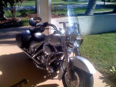 2004 Harley Davidson Road King Custom (this photo is for example only; please contact seller for pics of the actual motorcycle for sale in this classified)
