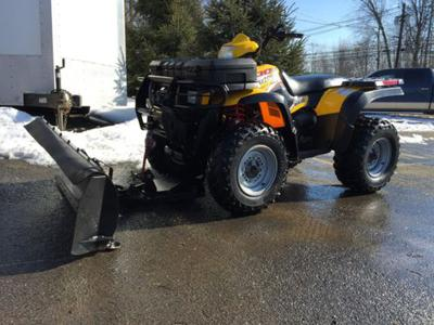 2004 Polaris Sportsman 600 fully loaded with a plow