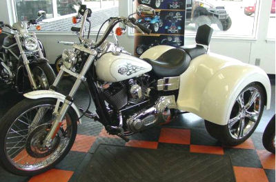 2005 HARLEY DAVIDSON  FXDWG WIDE GLIDE TRIKE MOTORCYCLE WITH