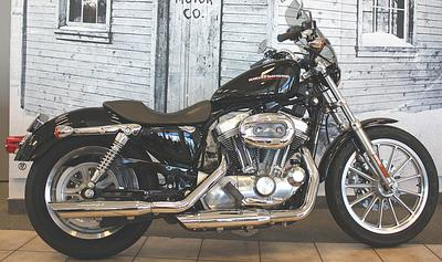 2005 Harley-Davidson XL883L Sportster 883 Low Vivid Black,Screamin' Eagle slip on mufflers and HD Sport Windshield
