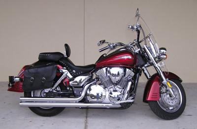 Burgundy Wine Red Maroon 2005 Honda VTX 1300