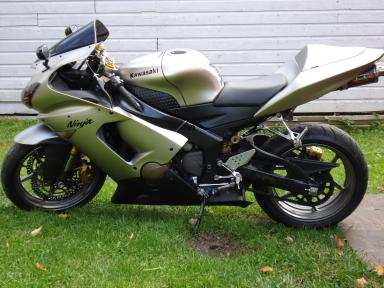 2005 kawasaki zx 6r 636 ninja motorcycle mint under 10k miles. Black Bedroom Furniture Sets. Home Design Ideas