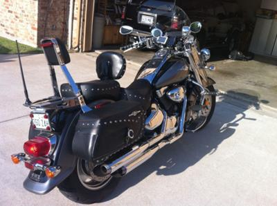 2005 Suzuki C90 Boulevard w Vance and Hines Pipes and stage 3 kit