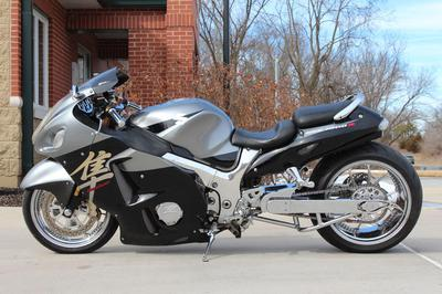2005 SUZUKI HAYABUSA GSX1300R in silver and black GSX-R GSXR (this photo is for example only; please contact seller for pics of the actual motorcycle for sale in this classified)