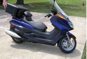 Royal Blue 2005 Yamaha Majesty Scooter   (this photo is for example only; please contact seller for pics of the actual motorcycle for sale in this classified)