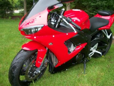 2005 Yamaha R6 for Sale - Slick and Clean!
