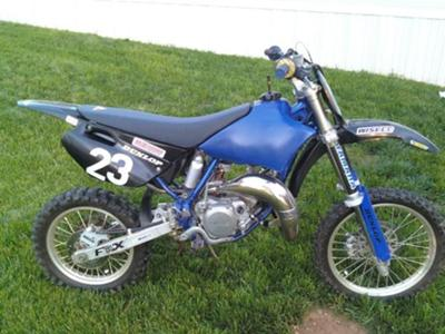 Royal Blue and Black 2005 YAMAHA YZ 85