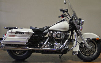 2006 Harley Davidson Road King Police Edition FLHPI w white paint color