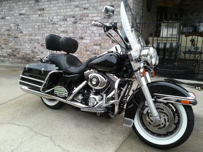 2006 Harley Davidson Road King Police FLHPI Motorcycle