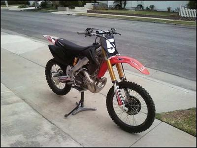 2006 PRO CIRCUIT Honda CR250R  (not the one for sale in this ad but similar)