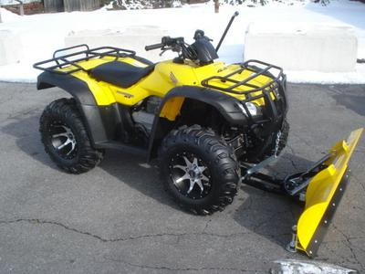 2006 HONDA RANCHER 400 w plow (this photo is for example only; please contact seller for pics of the actual TRX400FA 4X4 ATV for sale in this classified)