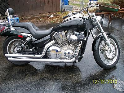 right side of 2006 Honda VTX 1300C