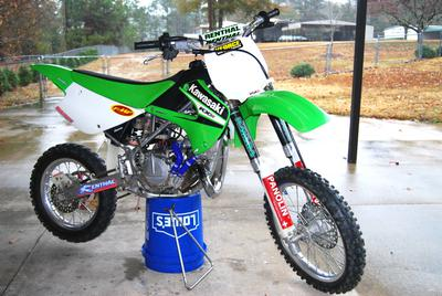 Factory 2006 Kawasaki KX 85 Dirt Bike with High Performance Aftermarket Parts